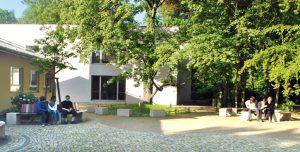 Bild von Bereich zwischen Neuem Schulhaus und Mensa.